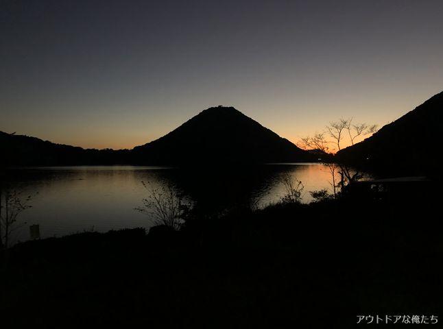 藺牟田富士の日の出