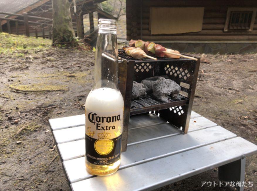 焼き鳥とコロナビール